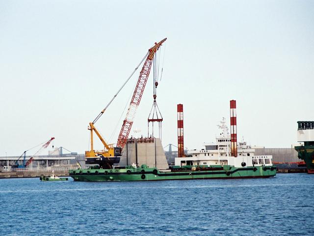 常陸那珂港中央ふ頭地区岸壁(-9m)築造工事